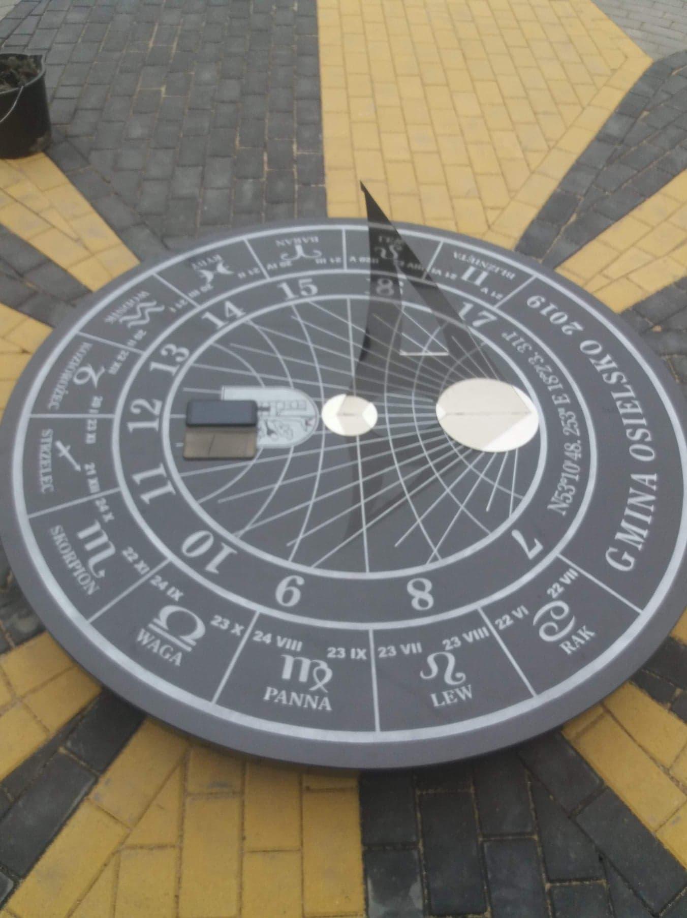 zegar granitowy